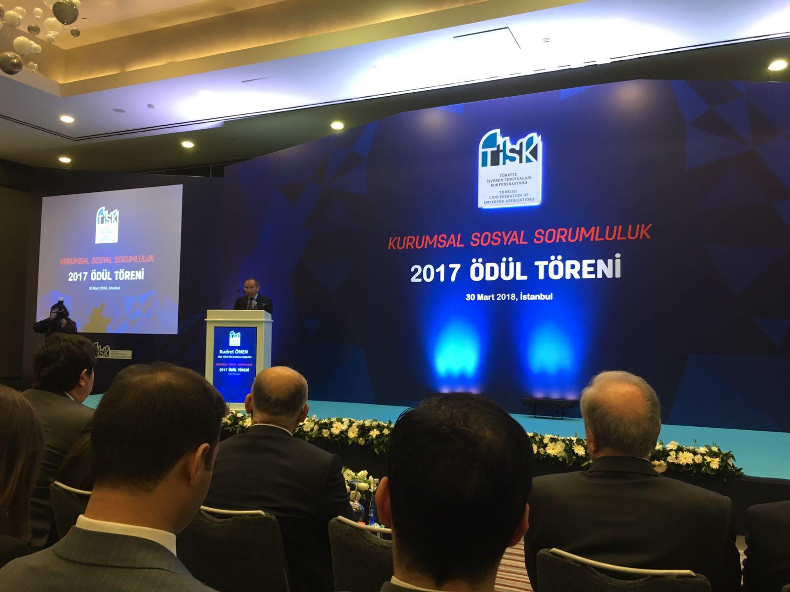 """Dow Türkiye """"Öğretmenin Kimyası"""" ile TİSK Tarafından Ödüle Layık Görüldü"""