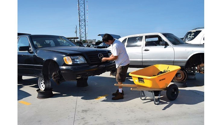 ELV projesi otomobilleri plastikten kurtarıyor
