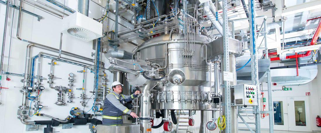 Evonik, Avrupa'daki aktif farmasötik bileşenlerin ve gelişmiş ara ürünlerin üretimini arttırıyor