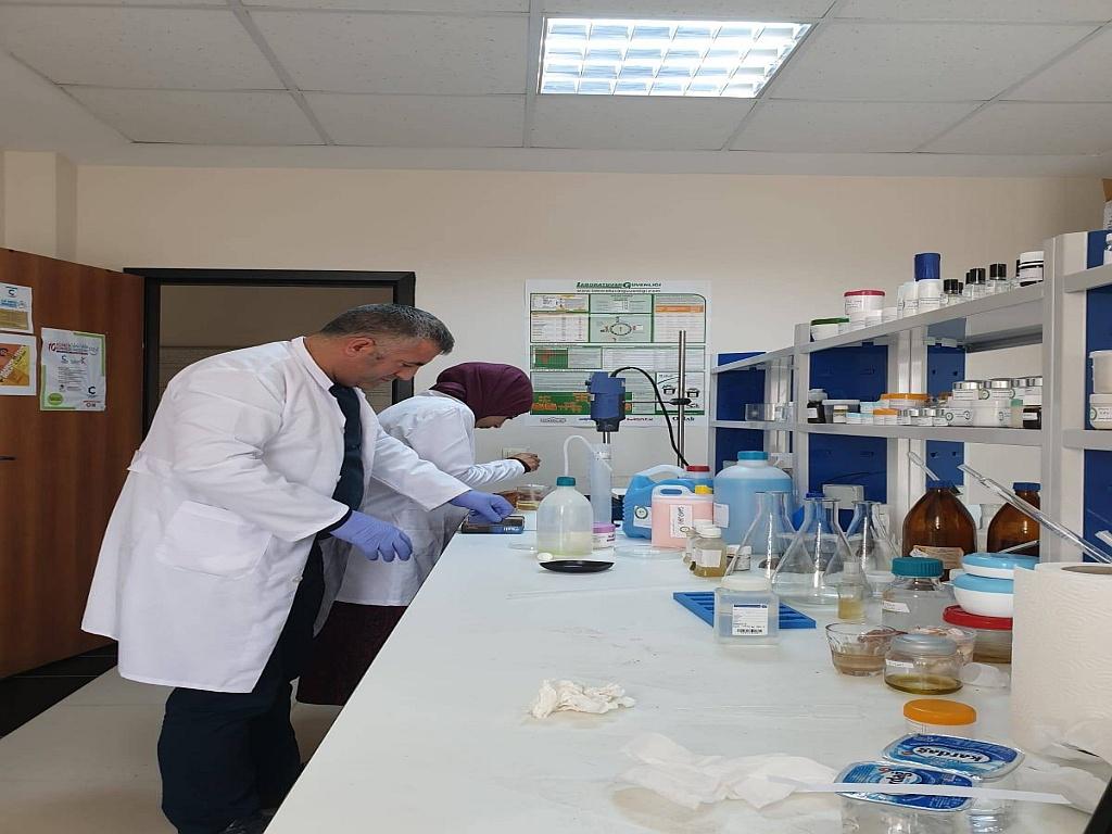 Iğdır Üniversitesi Ürünü Dezenfektanın Seri Üretimine Başlandı