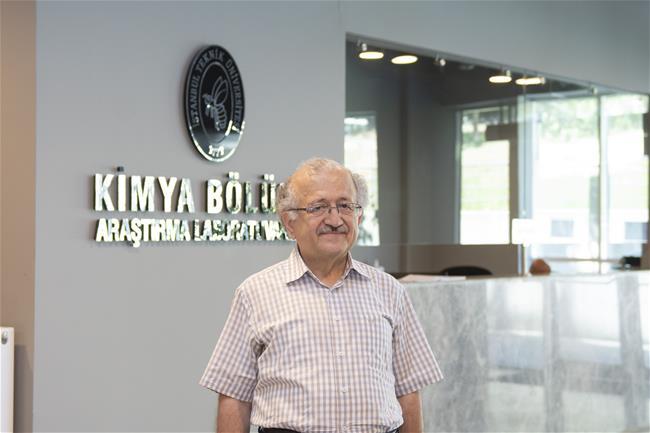 İTÜ Kimya Bölümü Akademisyeni Prof. Dr. Ahmet Gül'e Temel Bilimler Alanında TÜBİTAK Bilim Ödülü