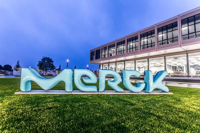 Merck, İsviçre'deki Son Teknoloji Biyoteknoloji Geliştirme Tesisine Yatırım Yapıyor