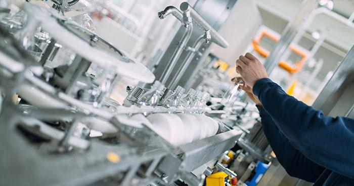 Plastik üretimi ilk yarıda yüzde 7,9 gerilerken makine yatırımları yüzde 27 arttı